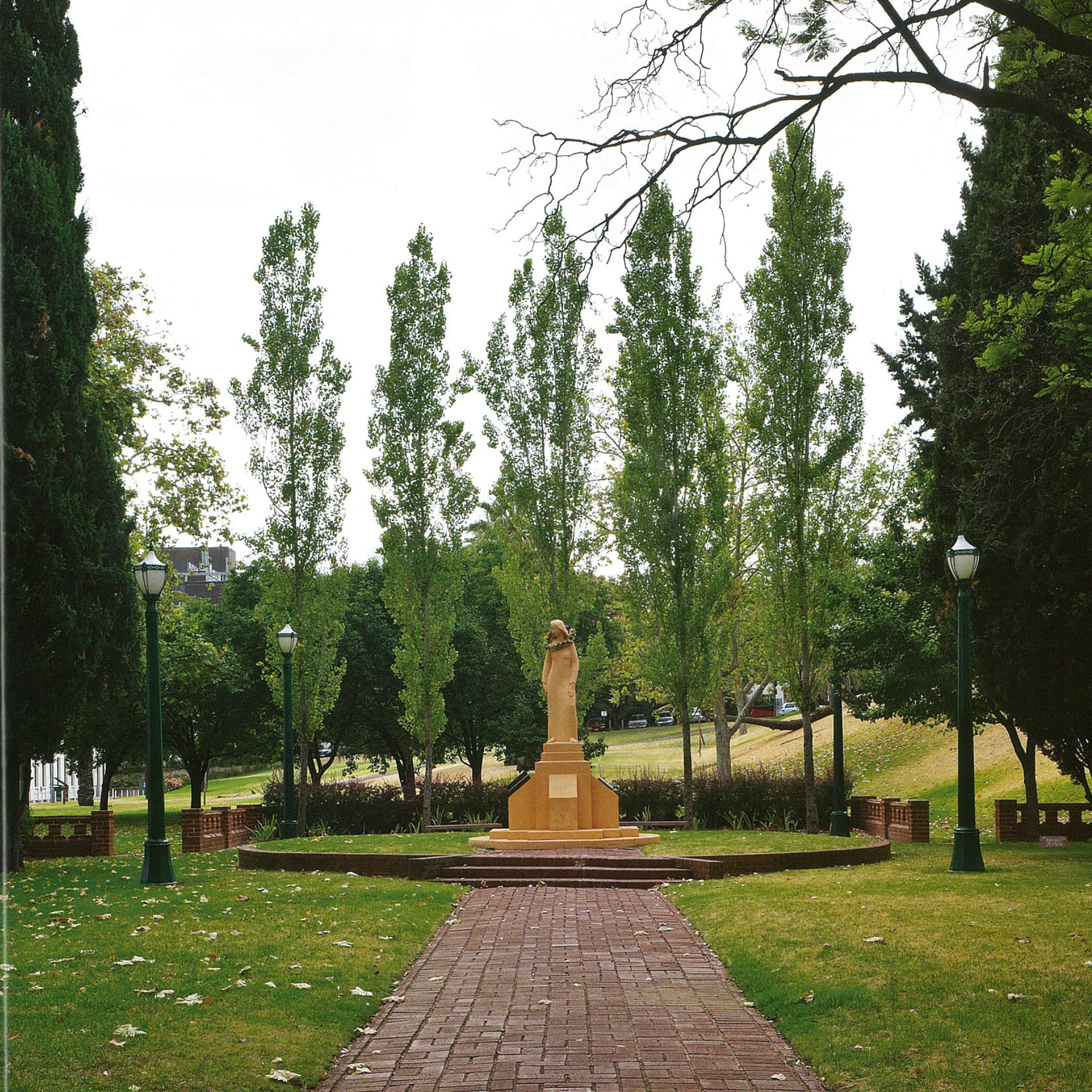 Pioneer women s memorial garden adelaide sa tickle for Landscaping adelaide north