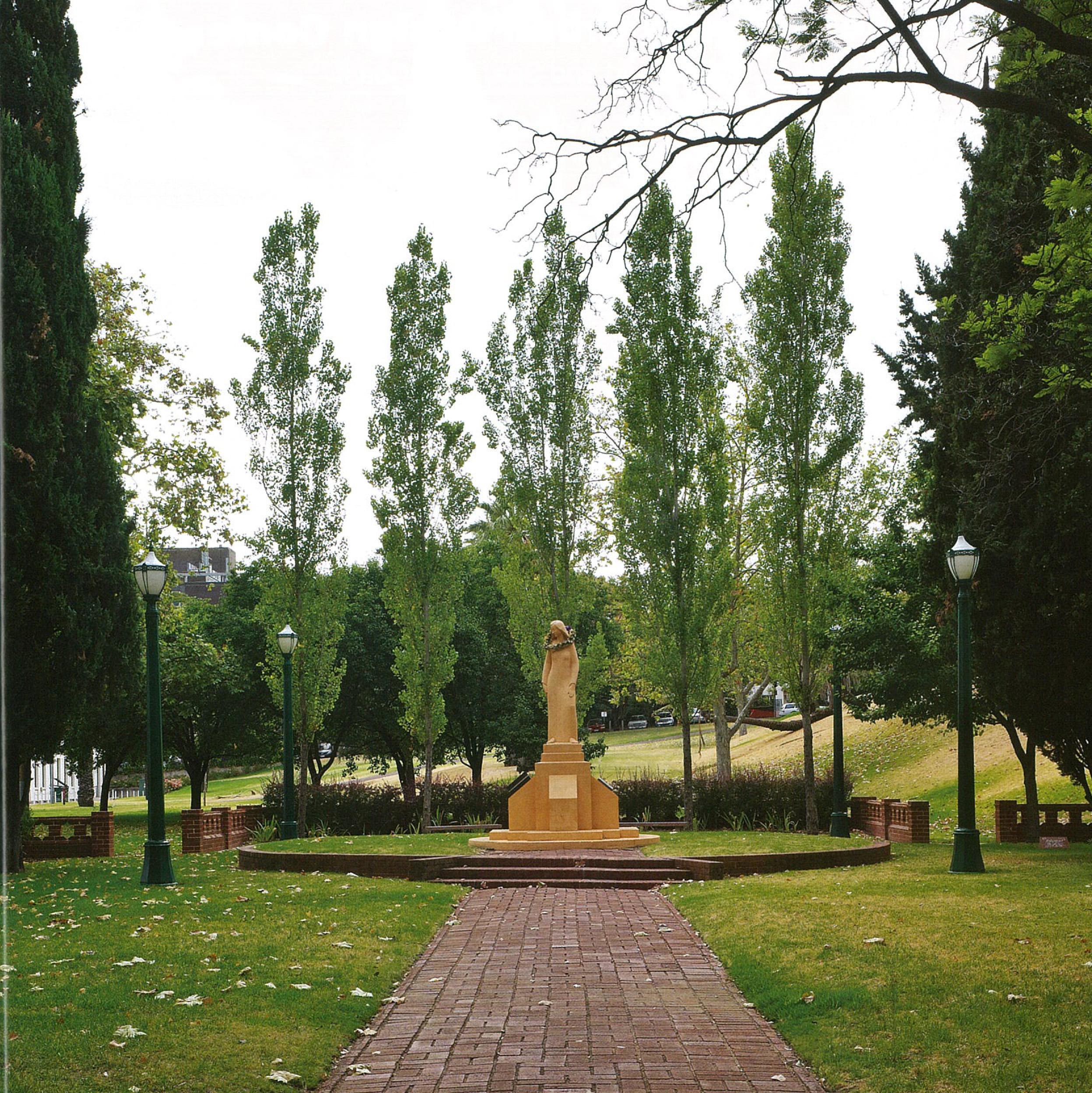 Pioneer women s memorial garden adelaide sa tickle for Landscape gardeners adelaide